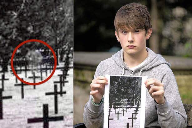 fantôme photographié dans un cimetière Allemand