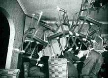 Poltergeist chaise